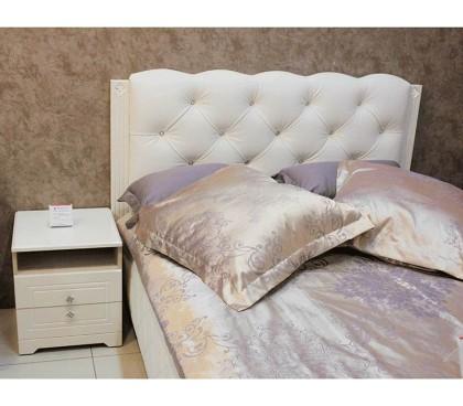 фото с прикроватной тумбой «Капелла 14М» Кровать 1400 каркас